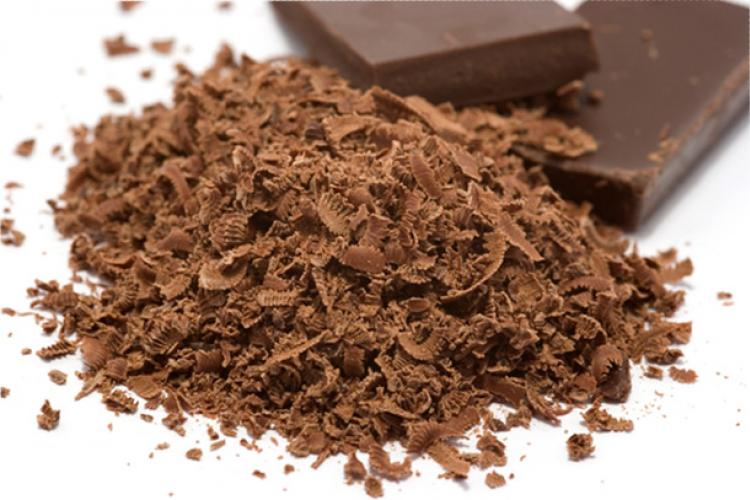 Chocolate shavings and chocolate pieces.