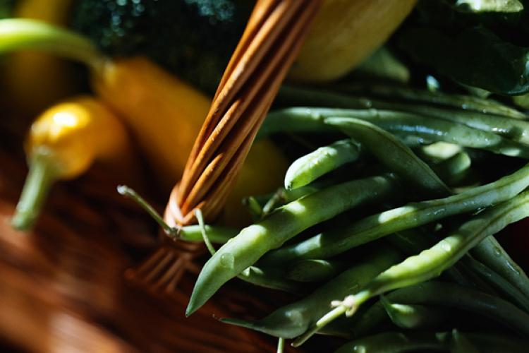 French beans and other vegetables in a basket