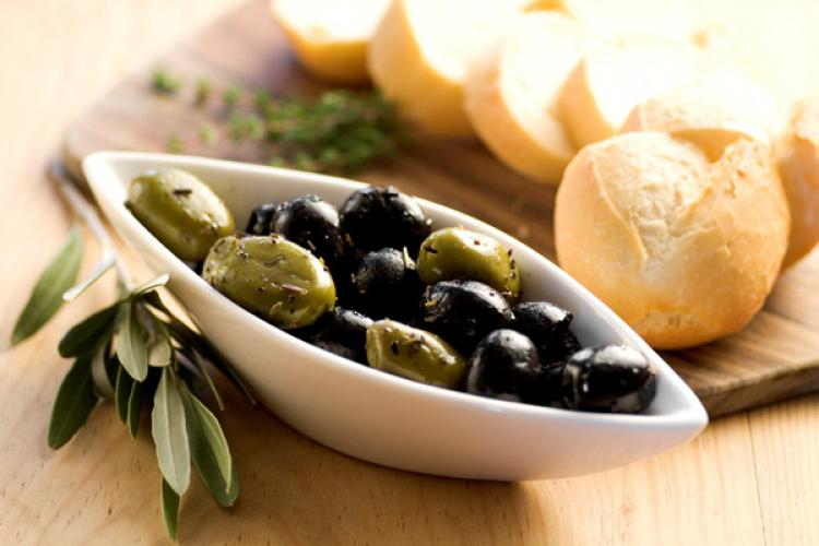 Marinated olives and bread.