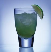 Surfers paradise, a refreshing combination with lime.