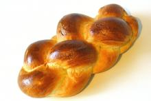 Swiss braided bread, butterknopf.